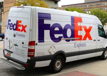 FedEx: Hours From Open To Close